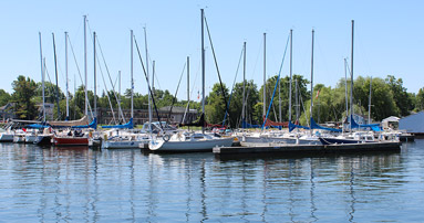 Boats docked at Jackson's Point Harbour